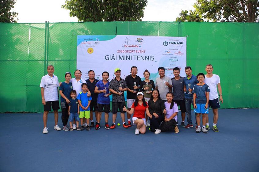 Giải Tennis Caravan 2030