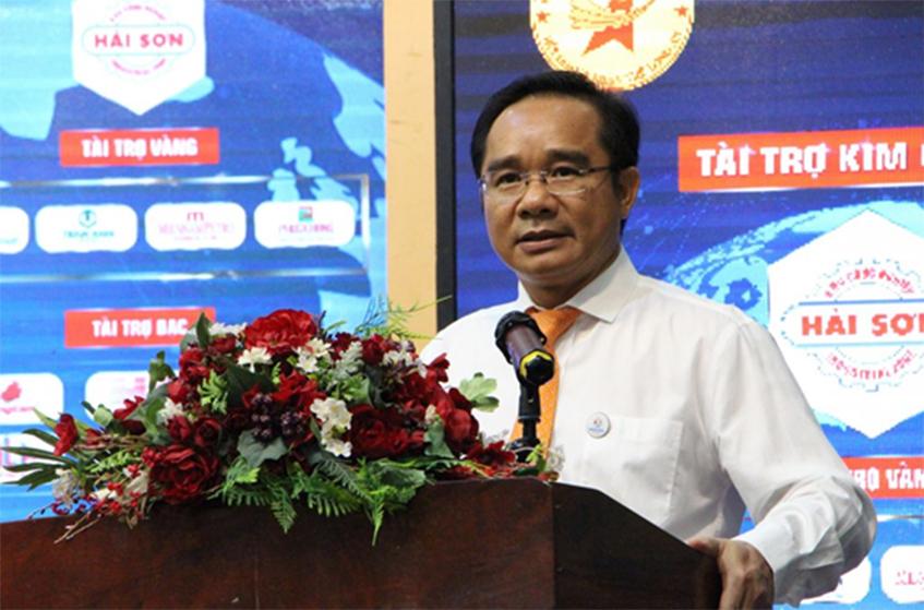 Ông Nguyễn Văn Được, Phó Bí thư Thường trực tỉnh Ủy Long An phát biểu chúc mừng